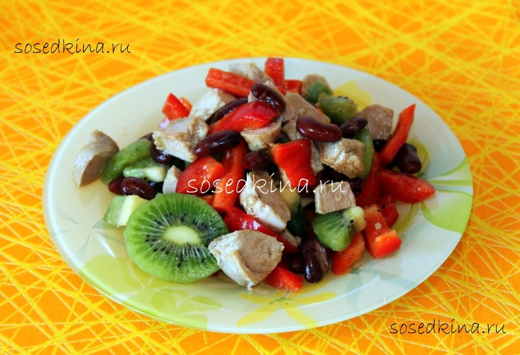 Салат деревенский с мясом